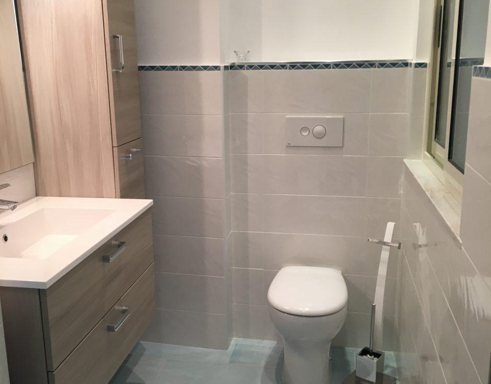 Ristrutturazione di un bagno in appartamento privato.